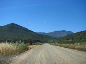 Start of the gravel road to Algeria