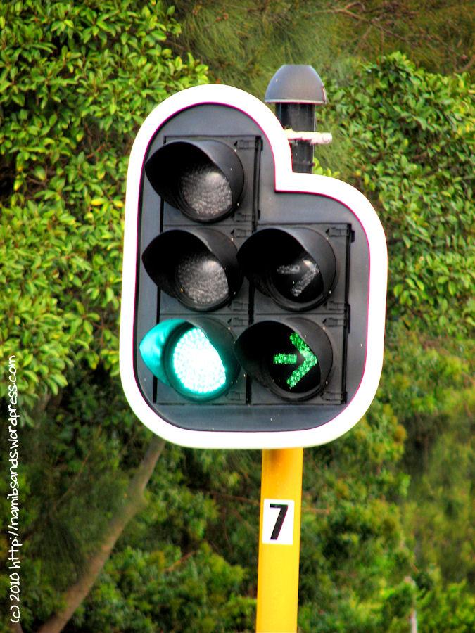 Traffic Lights  Beginner Arduino Project   7 Steps