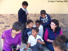 That's me in the purple shirt, making friends :-)