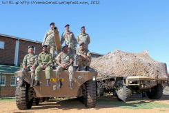 Cape Garrison Artillery and Regiment Oranje Rivier pose for a group photo on the Rooikat