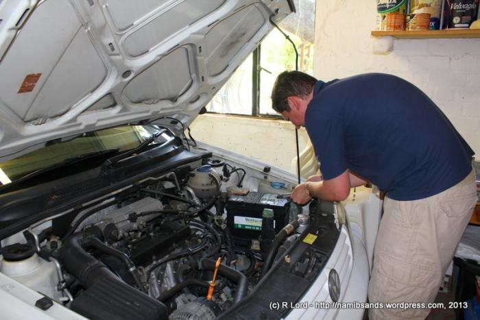 Richard DIY-installs a replacement battery