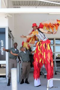Instructors from Chrysalis Academy in Tokai – and a man on stilts – greeted visitors at the main entrance of Makro's Milnerton/Montague Garden branch on a colourful Carnival Day.