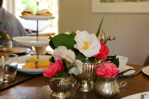 Cheerful flowers - and tempting scones with jam and cream