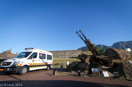 Display outside the Castle - SAMHS Ambulance and the anti-aircraft gun of Cape Garrison Artillery